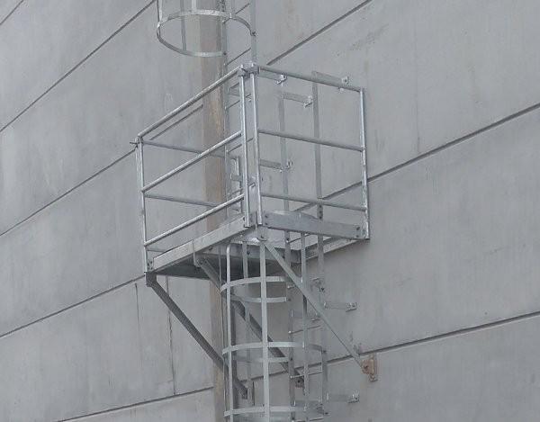 Guarda corpo metálico construção civil