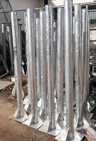 Postes metálicos galvanizados