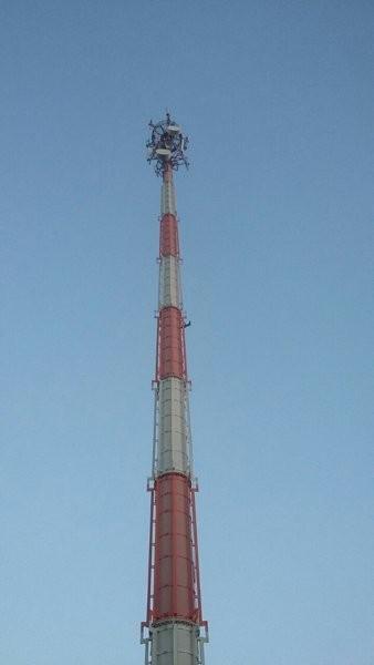 Reforço para torre de telecomunicação